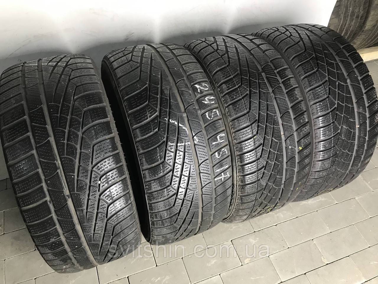 Шины бу зимние 245/45R17 Pirelli Sottozero Winter 240 (5-5.5мм) цена за 1шт!