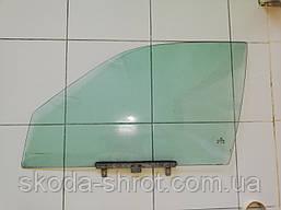 Стекло двери слева спереди зелен. Пассат Б-3, 357 845 201
