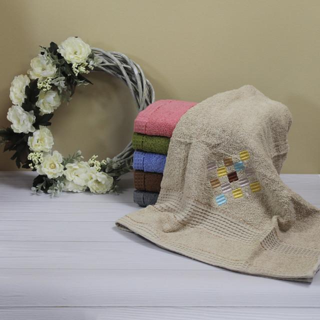 бежевое полотенце для рук