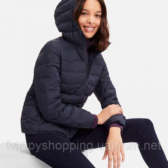 Женская темно-синяя легкая куртка на пуху с капюшономUniqlo