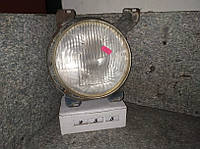 №255 Б/у фара ПРАВА для Volkswagen LT 76-93