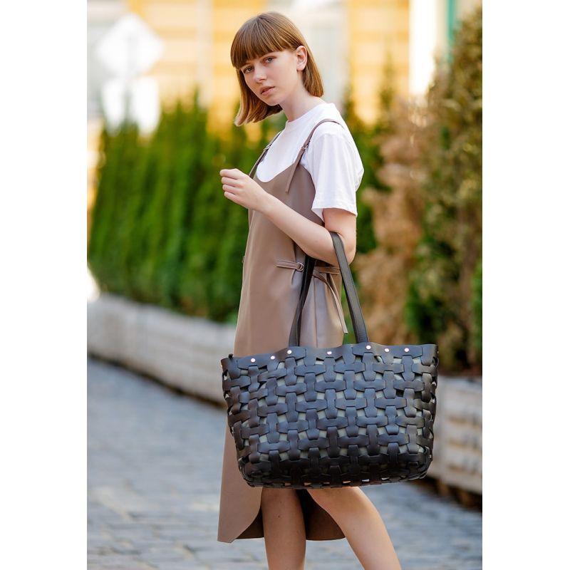 Кожаная плетеная женская сумка Пазл Xl черная Krast