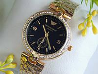 Женские часы Emporio Armani золотого цвета с черным циферблатом и хронографом