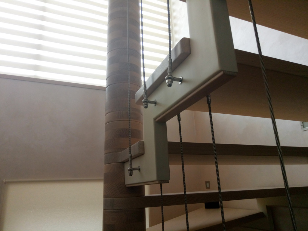 вертикальное тросовое ограждение винтовой лестницы. Запорожье, 2019 год. 7