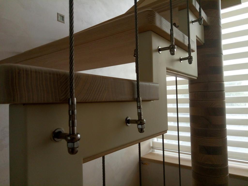 вертикальное тросовое ограждение винтовой лестницы. Запорожье, 2019 год. 12