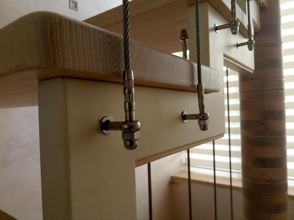 вертикальное тросовое ограждение винтовой лестницы. Запорожье, 2019 год. 13
