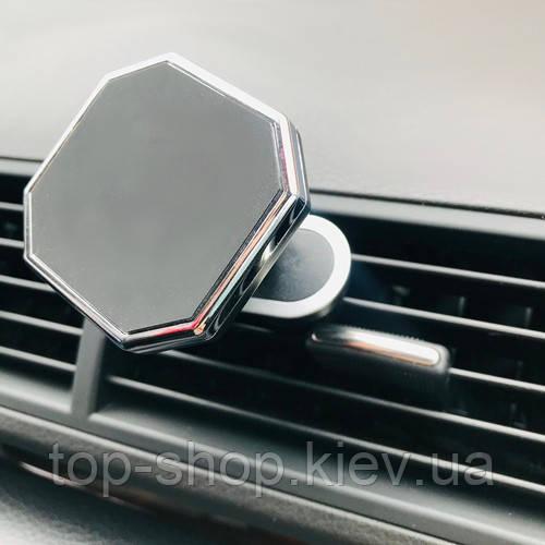 Магнитный держатель для телефона в авто (машину)