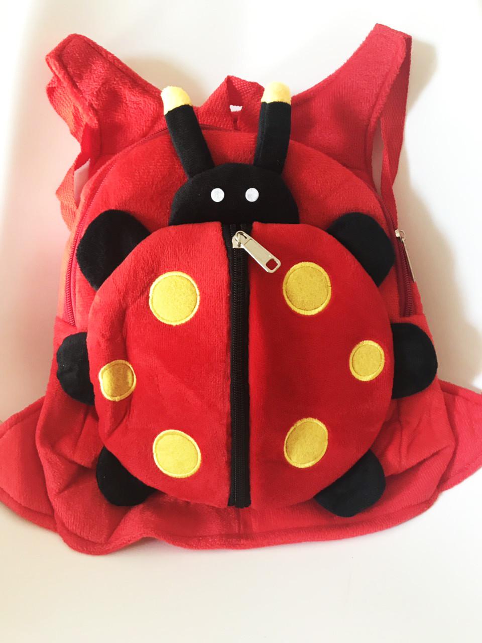 Детский плюшевый рюкзак-игрушка Божья коровка