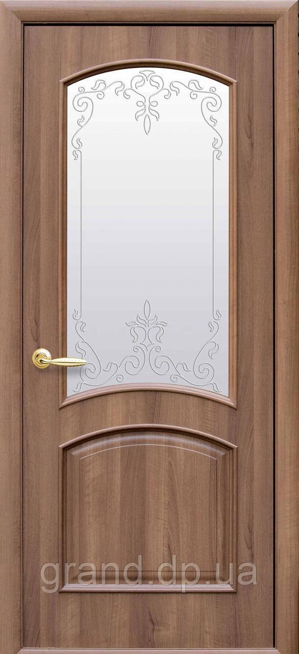 Двери межкомнатные Новый стиль Антре ПВХ Deluxe со стеклом сатин и рисунком, цвет золотая ольха