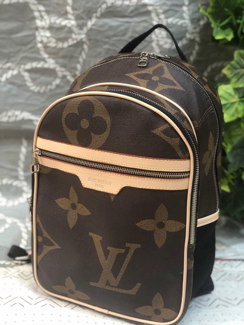 Рюкзак женский портфель Louis Vuitton  (реплика Луи Витон) LV коричневый