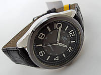Часы мужские Q@Q  классические в серебре, водозащита, Q266J505Y