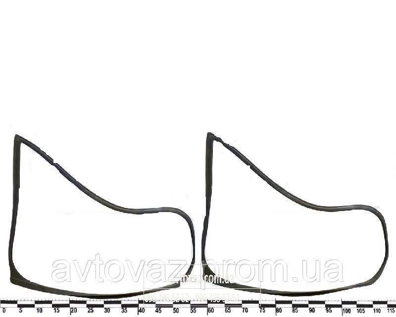 """Уплотнитель заднего бокового стекла ВАЗ 2171 Приора (к-т 2 шт.) """"глухие"""" AD Plastik"""