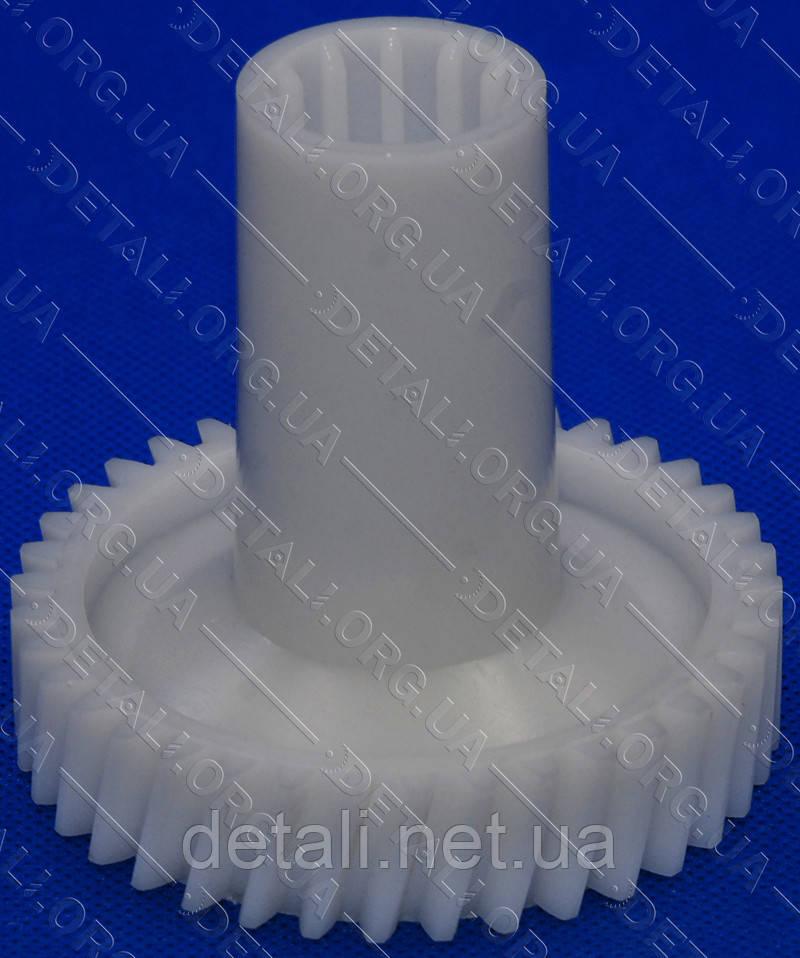 Шестерня мясорубки (D82/31мм, H81мм, зуб 38/12), под шнек
