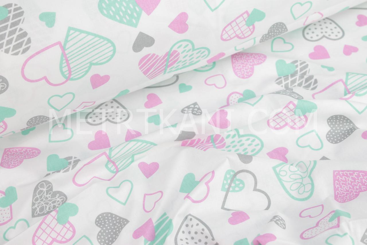 Ткань с сердцами розовыми, мятными и серыми на белом №932