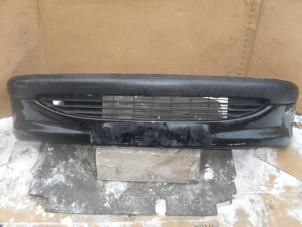 Бампер передний для Peugeot 206