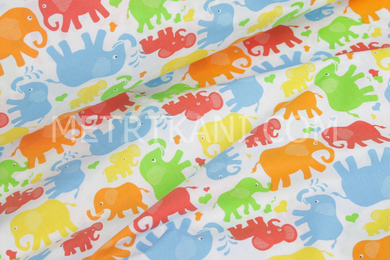 """Бязь """"Різнокольорові слони"""" помаранчевого, зеленого і блакитного кольору №893"""