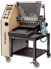 Тестоотсадочная машина TECNOPAST DEB 70F