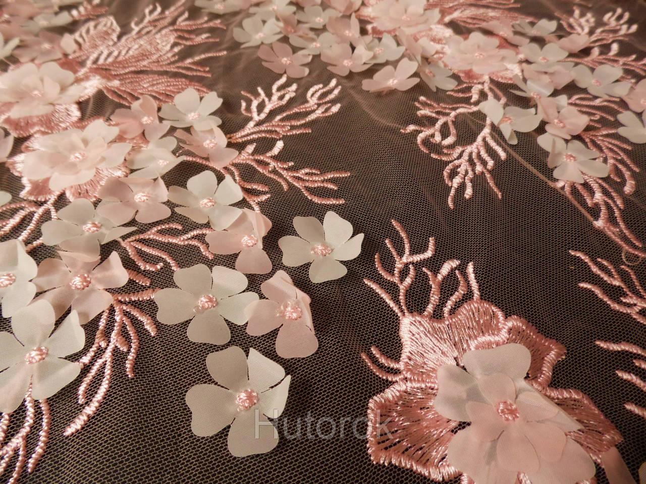 Сетка с вышивкой (цветы 3D)