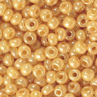 47115 бисер №10 Preciosa Чехия (Кремовый) от 1 грамма