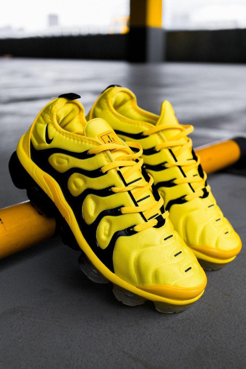 best sneakers 7bcf3 f21d8 Женские кроссовки Nike Air VaporMax Plus Yellow, Реплика