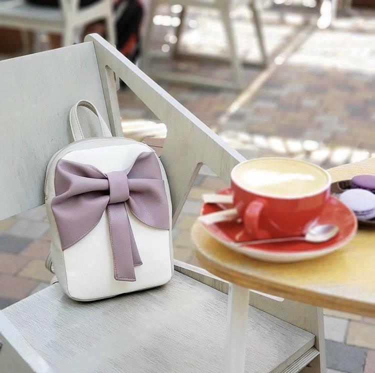 Женский кожаный рюкзак Бантик в разных расцветкахE014, фото 1