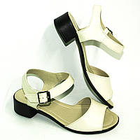 Босоножки кожаные на широком каблуке, цвет бежевый, фото 1