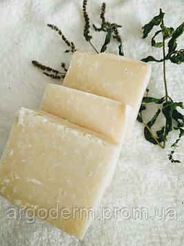 Увлажняющее мыло нежной кремовой текстуры с ароматом цветов жасмина для всех типов кожи