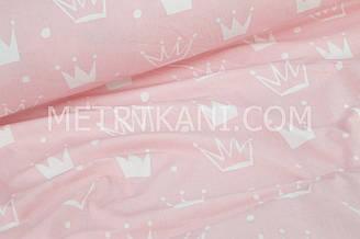 """Ткань хлопковая белые """"Короны"""" на кораллово-розовом фоне №1029"""