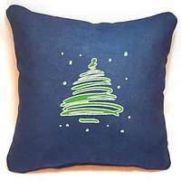 "Новогодняя подушка ""Заснеженная елка"" 39"