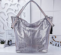 Женская сумка цвета беж+серебро, натуральная кожа с переливом