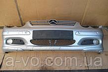 Бампер передний для Mercedes C220 W203 C-Class