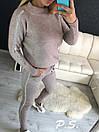 Женский спортивный костюм машинной вязки с зауженными штанами и декором стразами 76spt703, фото 2