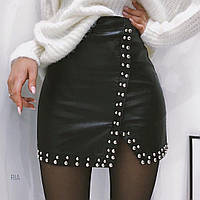 Женская стильная юбка Coardiarn на запах из эко-кожи с заклепками черная L
