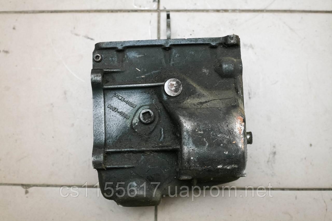 Корпус КПП средняя часть Ford Transit Sierra Scorpio 71WG7006
