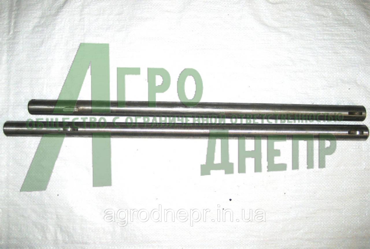 Вал педалей ЮМЗ 36-3503015