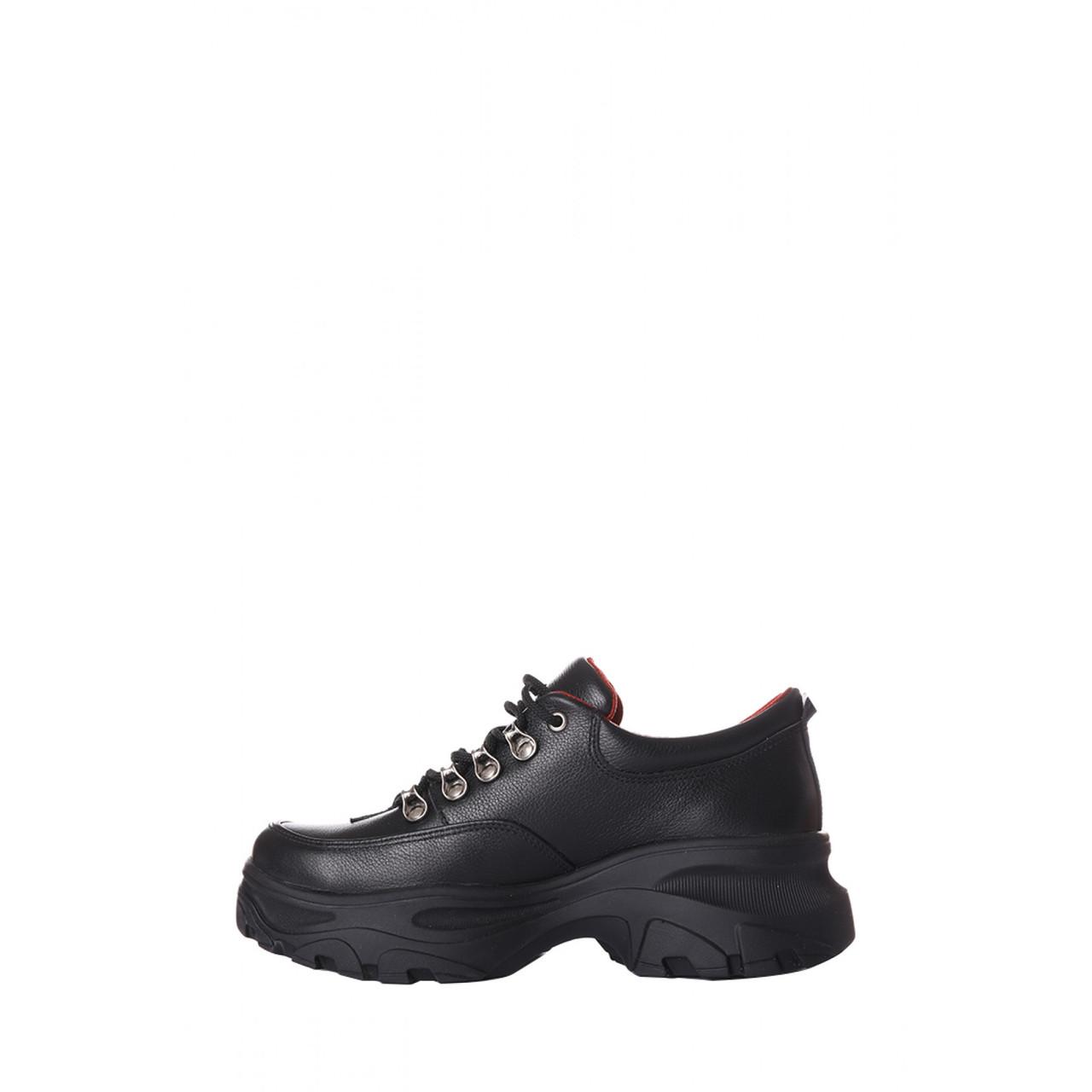 Женские cпортивные туфли из натуральной кожи на высокой платформе