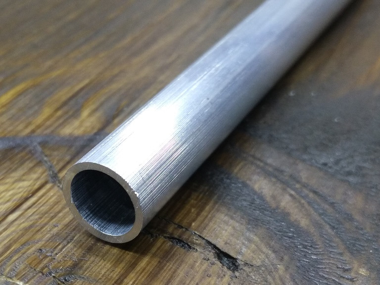 Труба круглая алюминий 10х1 без покрытия