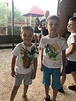 Діточки самостійно зробили дизайн на білих футболках. Дякуємо, за вибір нашої компанії і за чудові, позитивні фото, які дарують усмішки нашому колективу!😊