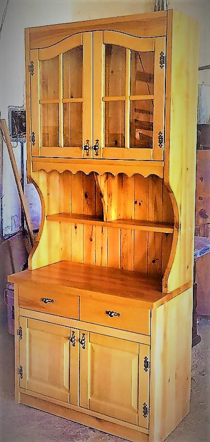 Шкаф в стиле Рустик для дачи