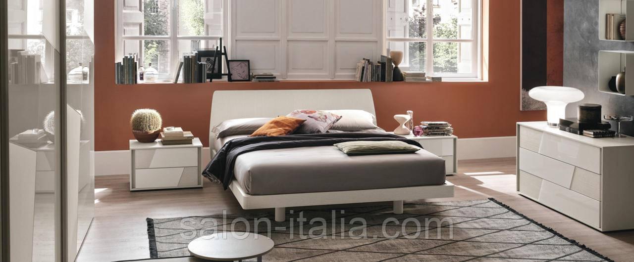 Ліжко Roger від Tomassella (Італія)