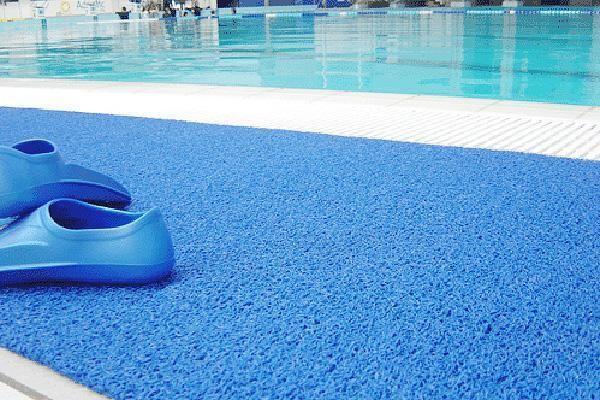 Напольное покрытие для бассейна YAGEL
