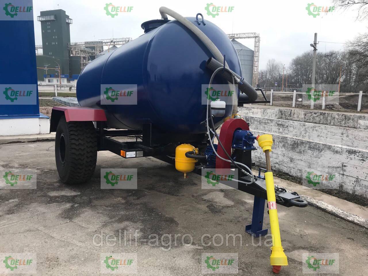 Ассенизаторская прицепная бочка для внесения жидкого навоза (воды), транспортировки отходов объёмом 4 куба