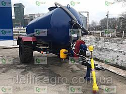 Ассенізаторська причіпна бочка для внесення рідкого гною (води), транспортування відходів об'ємом 4 куба