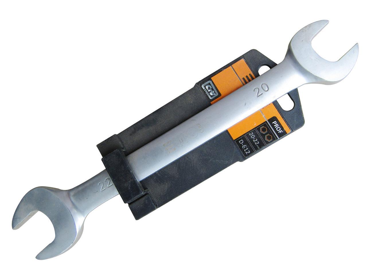 Ключ рожковый 16х17мм (EURO LINE) D610