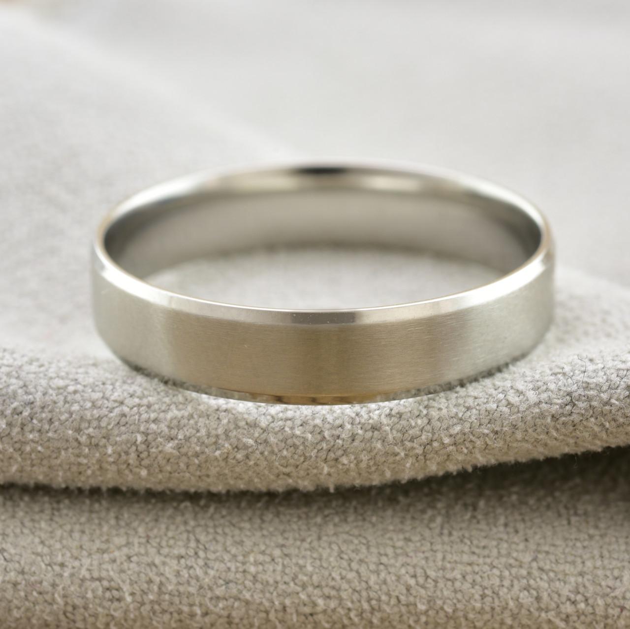 Кольцо обручальное Xuping 14783 размер 21 ширина 5 мм позолота Белое Золото