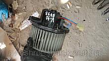 Вентилятор пічки вольво 40.моторчик пічки вольво с40 в40