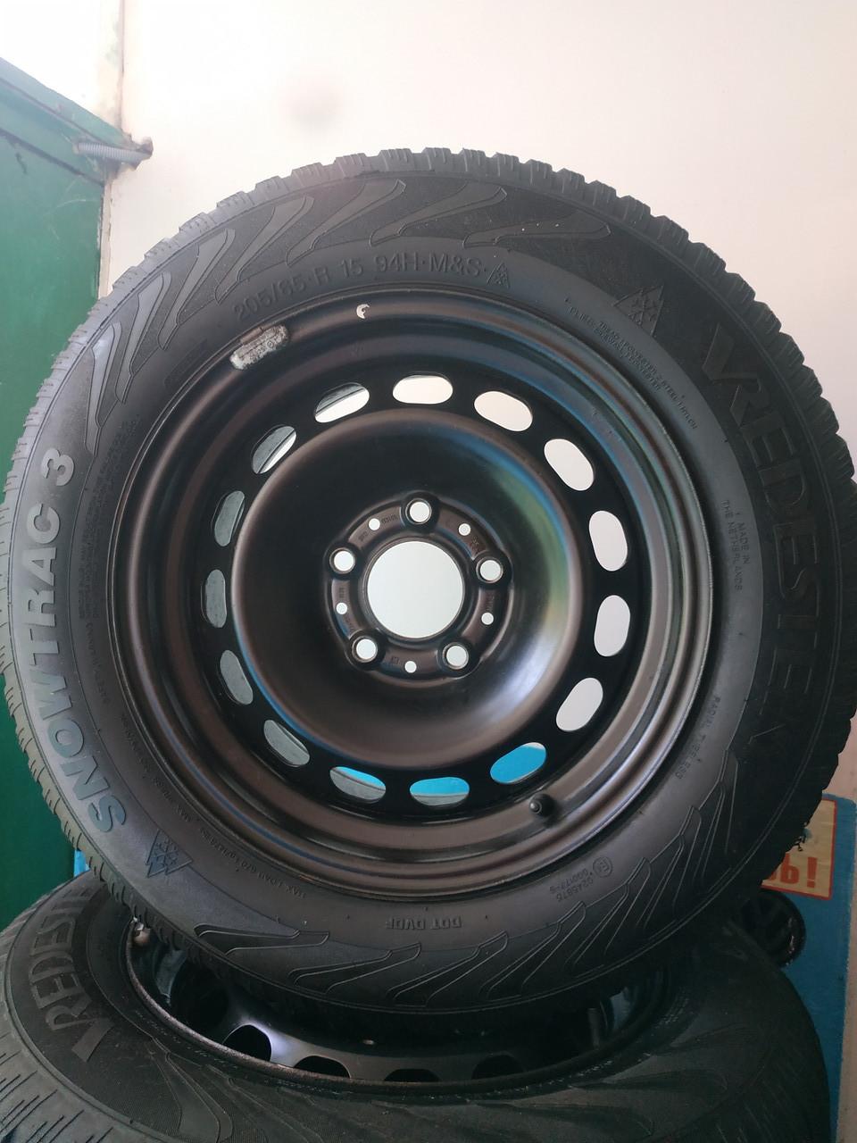 205/65/R15 BMW Комплект стальные диски + шины 4шт. Зима