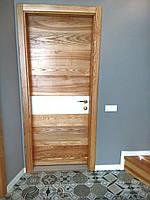 Дверь межкомнатная из массива ясеня