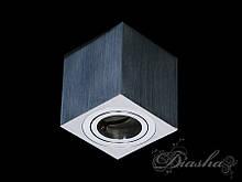 Накладной квадратный точечный светильник 106B-2-S