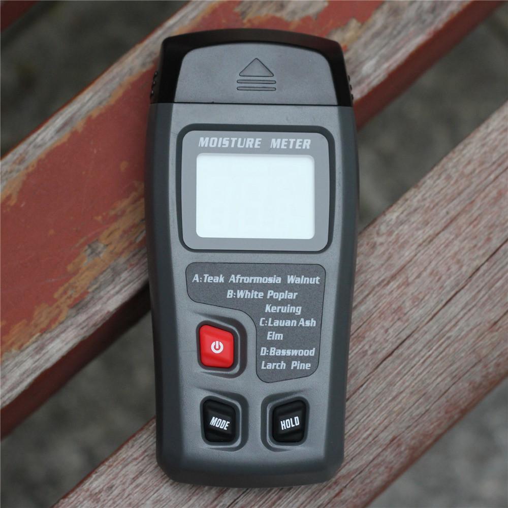 Портативний вимірювач вологості деревини EMT01